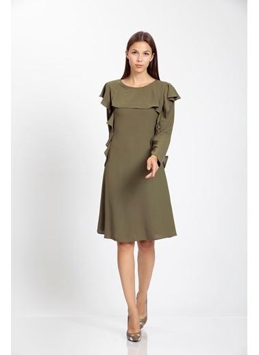 Vitrin Volan Detaylı Çan Elbise Haki